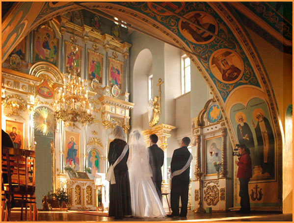 Join us at the Annunciation Greek Orthodox Cathedral complex near downtown  and the Museum District.